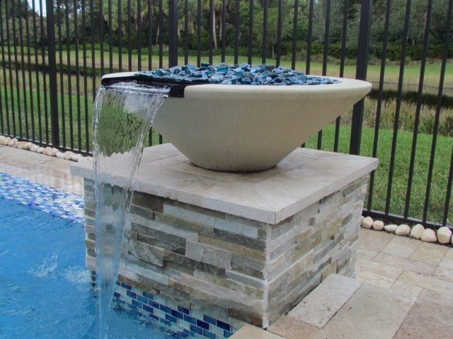 Geometric pool water fountain